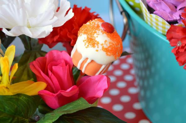 Cupcake in Bloom Spring Dessert Party via Kara's Party Ideas | KarasPartyIdeas.com #cupcake #bloom #spring #dessert #table #party #ideas (19)