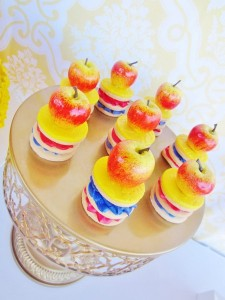 Snow White Birthday Party #snow #white #birthday #party #ideas (25)