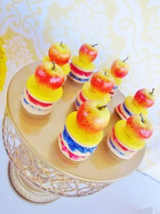 Snow White Birthday Party #snow #white #birthday #party #ideas (34)