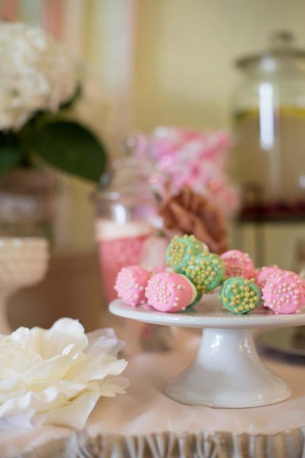 Shabby Chic Party via Kara's Party Ideas | KarasPartyIdeas.com #shabby #chic #girl #party #wedding #ideas (10)
