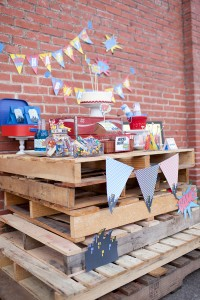 Vintage Superhero Birthday Party via Kara's Party Ideas | Kara'sPartyIdeas.com #vintage #superhero #birthday #party (23)