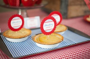County Fair Patriotic Picnic Party via Kara's Party Ideas | KarasPartyIdeas.com #county #fair #vintage #patriotic #picnic #july #fourth #4th #independence #memorial #day #party #ideas (12)