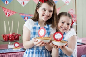 County Fair Patriotic Picnic Party via Kara's Party Ideas | KarasPartyIdeas.com #county #fair #vintage #patriotic #picnic #july #fourth #4th #independence #memorial #day #party #ideas (11)