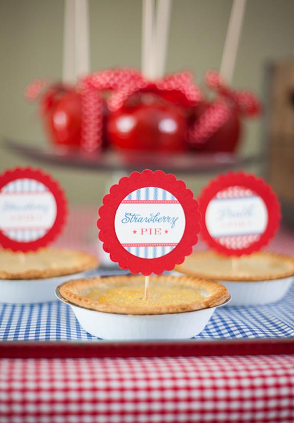 County Fair Patriotic Picnic Party via Kara's Party Ideas | KarasPartyIdeas.com #county #fair #vintage #patriotic #picnic #july #fourth #4th #independence #memorial #day #party #ideas (10)