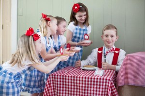 County Fair Patriotic Picnic Party via Kara's Party Ideas | KarasPartyIdeas.com #county #fair #vintage #patriotic #picnic #july #fourth #4th #independence #memorial #day #party #ideas (8)
