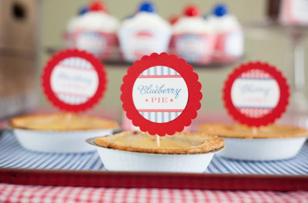 County Fair Patriotic Picnic Party via Kara's Party Ideas | KarasPartyIdeas.com #county #fair #vintage #patriotic #picnic #july #fourth #4th #independence #memorial #day #party #ideas (22)