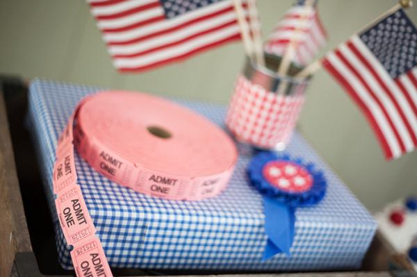 County Fair Patriotic Picnic Party via Kara's Party Ideas | KarasPartyIdeas.com #county #fair #vintage #patriotic #picnic #july #fourth #4th #independence #memorial #day #party #ideas (19)
