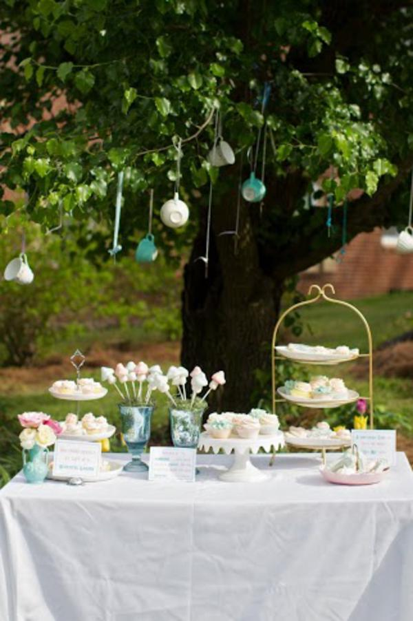 Alice in Wonderland Tea Party via Kara's Party Ideas | KarasPartyIdeas.com #alice #wonderland #tea #party #ideas (45)