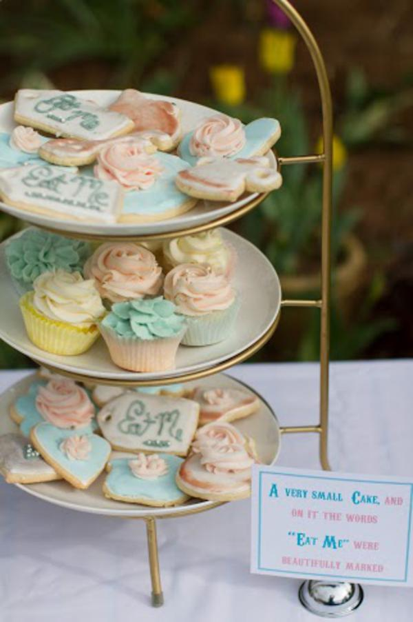 Alice in Wonderland Tea Party via Kara's Party Ideas | KarasPartyIdeas.com #alice #wonderland #tea #party #ideas (42)