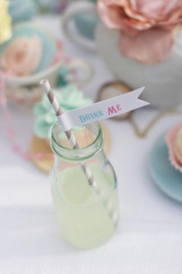 Alice in Wonderland Tea Party via Kara's Party Ideas | KarasPartyIdeas.com #alice #wonderland #tea #party #ideas (13)