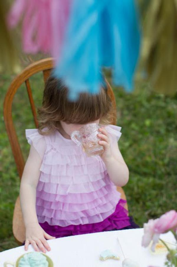 Alice in Wonderland Tea Party via Kara's Party Ideas | KarasPartyIdeas.com #alice #wonderland #tea #party #ideas (9)