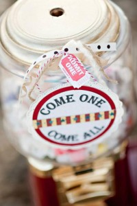 Vintage Circus / Carnival Party via Kara's Party Ideas | KarasPartyIdeas.com #vintage #carnival #circus #girl #boy #party #ideas #supplies (1)