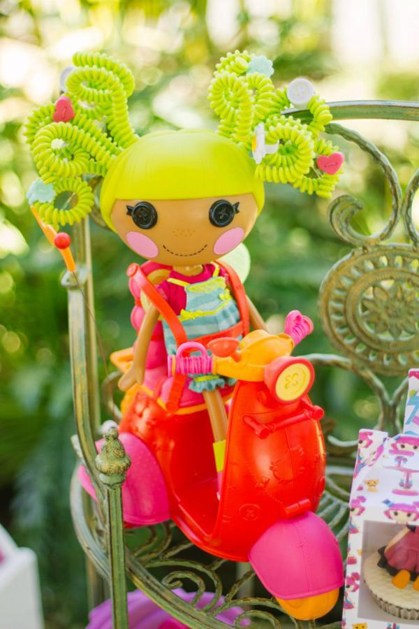 Lalaloopsy Birthday Party via Kara's Party Ideas | KarasPartyIdeas.com #lalaloopsy #doll #girl #birthday #party #ideas (23)