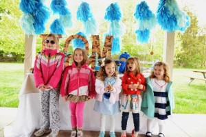Cookie Monster Party via Kara's Party Ideas | KarasPartyIdeas.com #chic #girl #blue #DIY #cookie #monster #party #ideas (12)