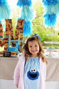 Cookie Monster Party via Kara's Party Ideas | KarasPartyIdeas.com #chic #girl #blue #DIY #cookie #monster #party #ideas (35)