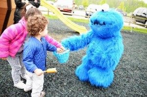 Cookie Monster Party via Kara's Party Ideas | KarasPartyIdeas.com #chic #girl #blue #DIY #cookie #monster #party #ideas (8)