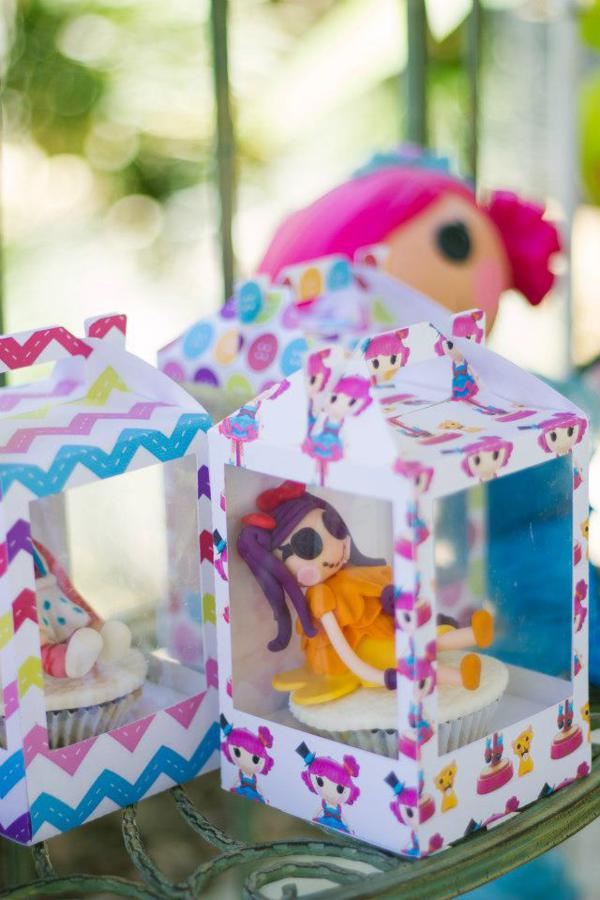 Lalaloopsy Birthday Party via Kara's Party Ideas | KarasPartyIdeas.com #lalaloopsy #doll #girl #birthday #party #ideas (18)