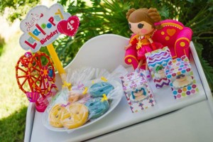 Lalaloopsy Birthday Party via Kara's Party Ideas | KarasPartyIdeas.com #lalaloopsy #doll #girl #birthday #party #ideas (17)