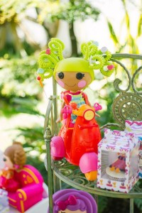Lalaloopsy Birthday Party via Kara's Party Ideas | KarasPartyIdeas.com #lalaloopsy #doll #girl #birthday #party #ideas (29)