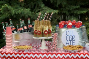 4th of July Party via Kara's Party Ideas #outdoor #patriotic #July #4th (19)