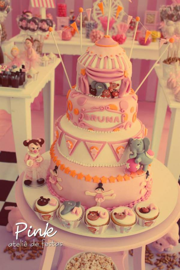 Girly Circus Party via Kara's Party Ideas | KarasPartyIdeas.com #girly #circus #carnival #party #ideas (36)
