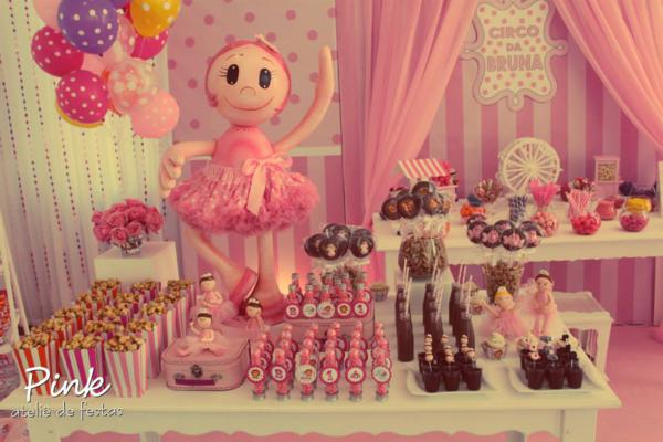 Girly Circus Party via Kara's Party Ideas | KarasPartyIdeas.com #girly #circus #carnival #party #ideas (29)