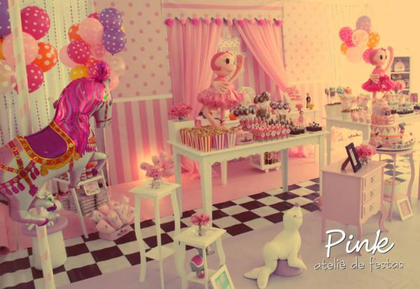Girly Circus Party via Kara's Party Ideas | KarasPartyIdeas.com #girly #circus #carnival #party #ideas (19)