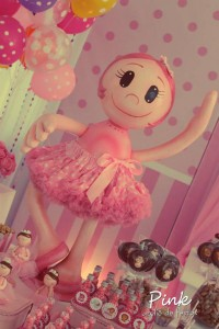 Girly Circus Party via Kara's Party Ideas | KarasPartyIdeas.com #girly #circus #carnival #party #ideas (12)