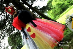 Alice In Wonderland Party via Kara's Party Ideas   Kara'sPartyIdeas.com #alice #in #wonderland #party #supplies #ideas (18)