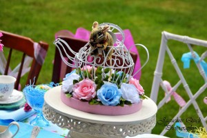 Alice In Wonderland Party via Kara's Party Ideas | Kara'sPartyIdeas.com #alice #in #wonderland #party #supplies #ideas (17)
