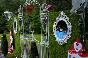 Alice In Wonderland Party via Kara's Party Ideas | Kara'sPartyIdeas.com #alice #in #wonderland #party #supplies #ideas (10)