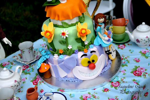 Alice In Wonderland Party via Kara's Party Ideas | Kara'sPartyIdeas.com #alice #in #wonderland #party #supplies #ideas (7)