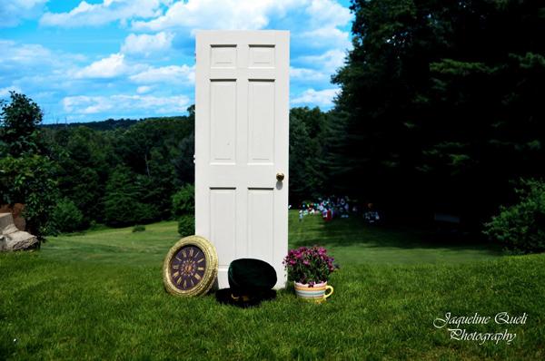 Alice In Wonderland Party via Kara's Party Ideas | Kara'sPartyIdeas.com #alice #in #wonderland #party #supplies #ideas (4)