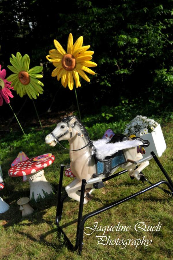 Alice In Wonderland Party via Kara's Party Ideas | Kara'sPartyIdeas.com #alice #in #wonderland #party #supplies #ideas (22)