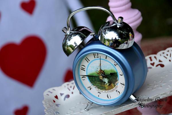 Alice In Wonderland Party via Kara's Party Ideas | Kara'sPartyIdeas.com #alice #in #wonderland #party #supplies #ideas (19)