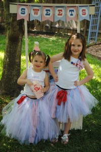 July 4th Seersucker Party via Kara's Party Ideas | KarasPartyIdeas.com #patriotic #july #4th #seersucker #party #ideas (4)