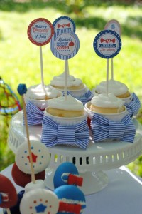 July 4th Seersucker Party via Kara's Party Ideas | KarasPartyIdeas.com #patriotic #july #4th #seersucker #party #ideas (3)