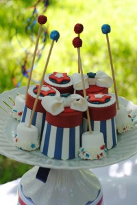 July 4th Seersucker Party via Kara's Party Ideas | KarasPartyIdeas.com #patriotic #july #4th #seersucker #party #ideas (2)