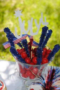 July 4th Seersucker Party via Kara's Party Ideas | KarasPartyIdeas.com #patriotic #july #4th #seersucker #party #ideas (1)