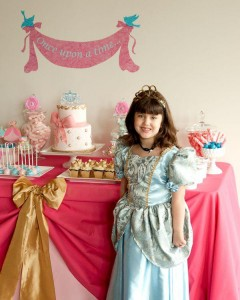 Cinderella Princess Party via Kara's Party Ideas | KarasPartyIdeas.com #cinderella #disney #princess #party #ideas (16)