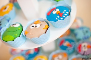 Festa Galinha Pintadinha Birthday Party via Kara's Party Ideas | Kara'sPartyIdeas.com #festa #galinha #pintadinha #birthday #party #ideas #supplies (29)