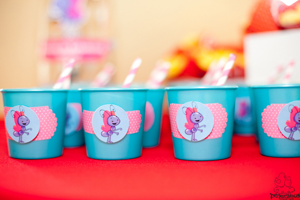 Festa Galinha Pintadinha Birthday Party via Kara's Party Ideas | Kara'sPartyIdeas.com #festa #galinha #pintadinha #birthday #party #ideas #supplies (27)