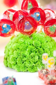 Festa Galinha Pintadinha Birthday Party via Kara's Party Ideas | Kara'sPartyIdeas.com #festa #galinha #pintadinha #birthday #party #ideas #supplies (20)
