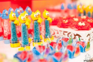 Festa Galinha Pintadinha Birthday Party via Kara's Party Ideas | Kara'sPartyIdeas.com #festa #galinha #pintadinha #birthday #party #ideas #supplies (13)