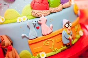 Festa Galinha Pintadinha Birthday Party via Kara's Party Ideas | Kara'sPartyIdeas.com #festa #galinha #pintadinha #birthday #party #ideas #supplies (3)