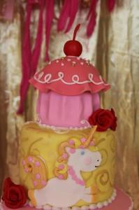 Goldilicious Pinkalicious Birthday Party via Kara's Party Ideas | Kara'sPartyIdeas.com #goldilicious #pinkalicious #birthday #party #supplies #ideas (5)