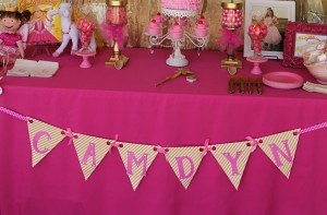 Goldilicious Pinkalicious Birthday Party via Kara's Party Ideas | Kara'sPartyIdeas.com #goldilicious #pinkalicious #birthday #party #supplies #ideas (4)