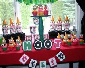 Two's a Hoot Birthday Party via Kara's Party Ideas | Kara'sPartyIdeas.com #twos #a #hoot #birthday #party #supplies #ideas (10)