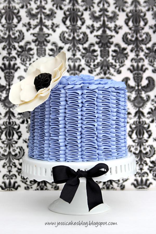 Cake Decorating Tutorials + Classes via Kara's Party Ideas | KarasPartyIdeas.com #cake #decorating #tips #tutorials #Jessicakes #craftsy #class (8)