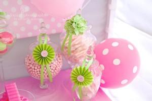 LaLa Loopsy Cake Decorating Birthday Party via Kara's Party Ideas | Kara'sPartyIdeas.com #lala #loopsy #cake #decorationg #party #supplies #ideas (17)